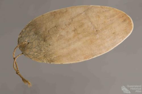 Pearl shell ornament