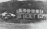 Moving the pub at Esk, c1906