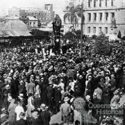 The T. J. Ryan statue about to be unveiled in Queens Gardens, 1925